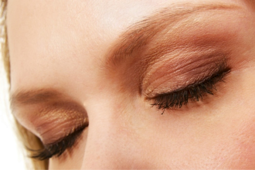 applying make-up when visually impaired
