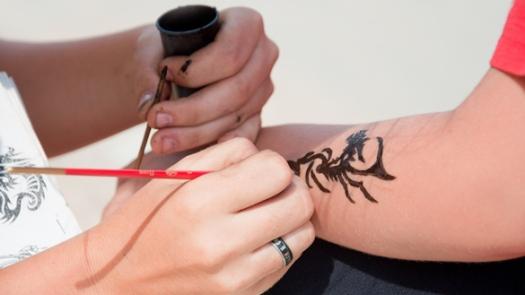 Black Henna Temporary Tattoo1