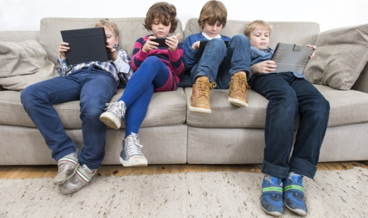 Schoolchildren inactivity shutterstock_242703181