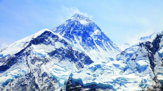 Everest_low res_shutterstock