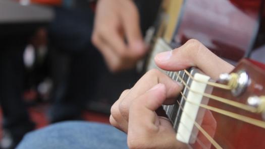 Guitar pexels-photo-68383_low res