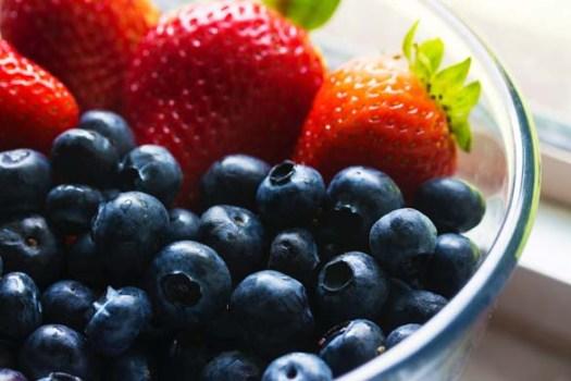 berries-blueberries-bowl-139751-pexels
