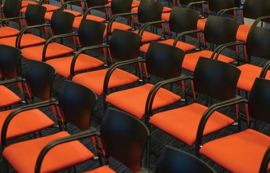 seats-2954367_1920