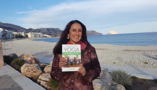 Tania Plahay with book.jpg